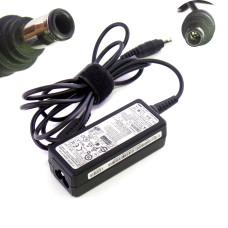 Блок питания ADP-40NH 19V 2.1A 40W (5.5x3.0 мм с иглой) сетевой для нетбука Samsung N310, N510, X420, NC310, NF210, NP300, ATIV Book 4 Series, Б/У
